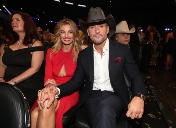Faith Hill and her husband, Tim McGraw at 2017 Grammys.