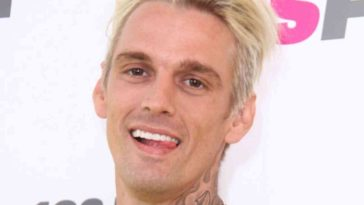 aaron carter gay bar