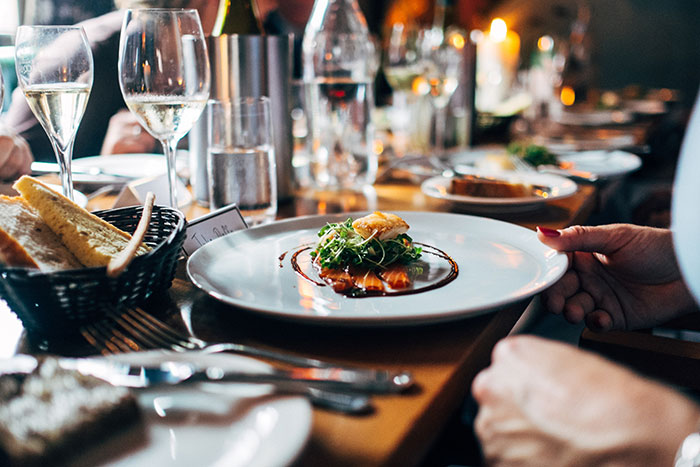 Can You Eat Safely in a Restaurant Right Now?