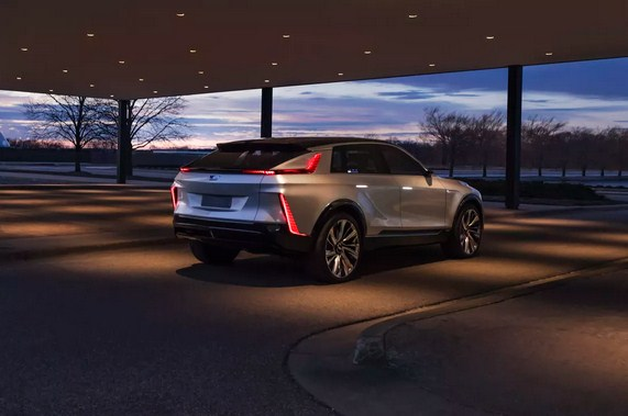 150 US Cadillac Dealers Refuse to Make Improvements for EV Sales, Opt for Buyouts