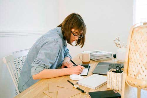 What You Should Know About Academic Writing Services
